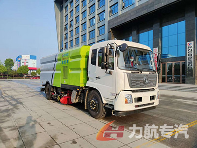 东风天锦国六洗扫车工作视频图片