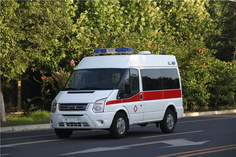 福特新世代短轴监护型救护车