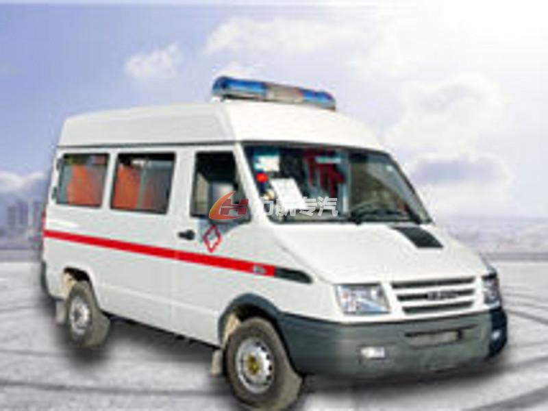 依维柯A37救护车图片