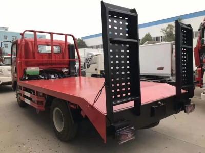 重汽蓝牌平板拖车,可拉8吨挖机板,重汽豪曼厂家价格