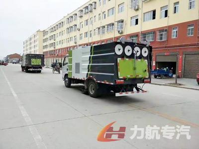 江苏常熟东风福瑞卡3800轴距吸尘车多少钱?煤矿专用吸尘车图片